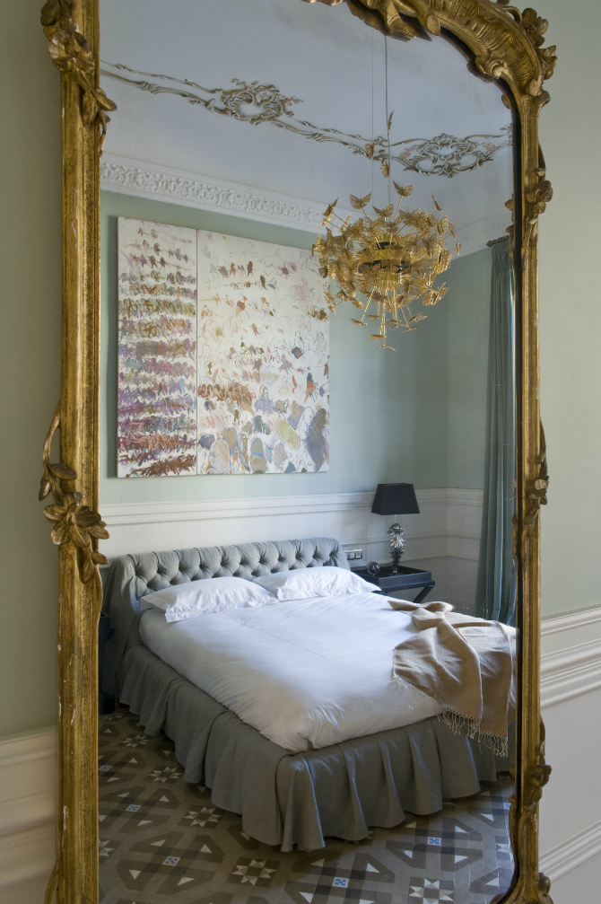 Floor Mirrors: the Essential of Master Bedroom Interiors floor mirrors Floor Mirrors: the Essential of Master Bedroom Interiors 1 9