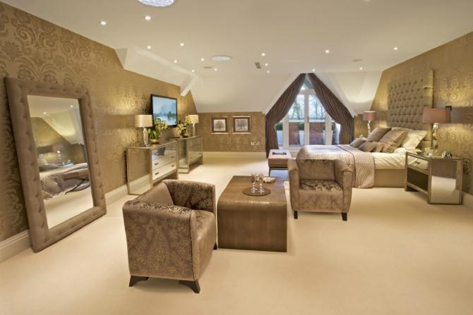 floor mirrors Floor Mirrors: the Essential of Master Bedroom Interiors ...