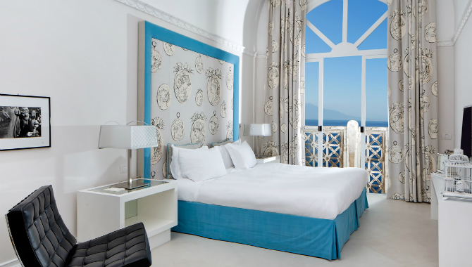 Brilliant Master Bedrooms in Italian Hotels for iSaloni 2016 master bedrooms Brilliant Master Bedrooms in Italian Hotels Bellevue Syrene Hotel De La Syrene Suite 1