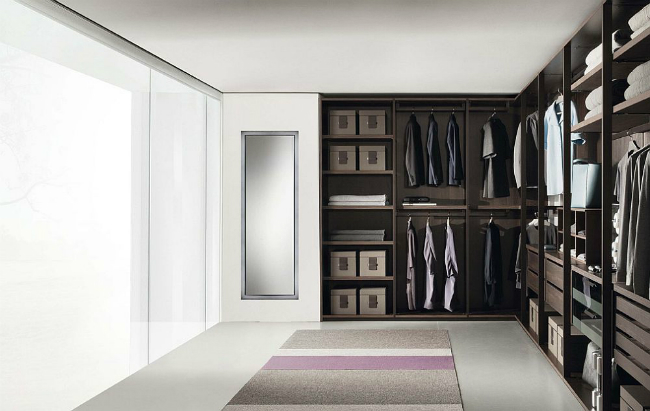 walk-in closets Fabulous Walk-In Closets to Make your Bedroom Interior More Organized! 3 8