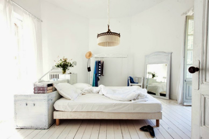 big bedrooms 10 Big Secrets for Big Bedrooms Feel Cozy 5 2