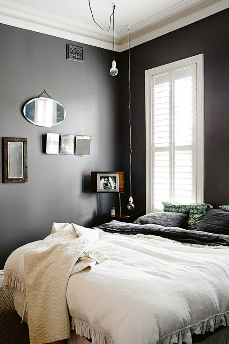 black bedrooms Stylish Black Bedrooms with Goth Glamour 8 3