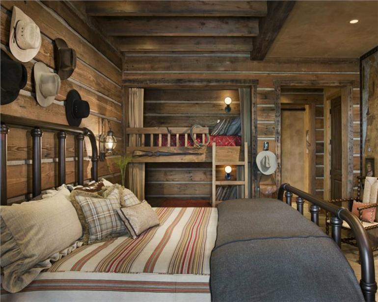 10 Decorating Secrets For Beautiful Rustic Bedrooms Rustic Bedrooms 10 Decorating Secrets For Beautiful Rustic Bedrooms 9 11