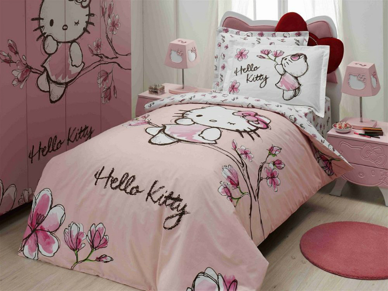 Hello Kitty 6 Hello Kitty Ideas for Girls' Bedrooms 2 32