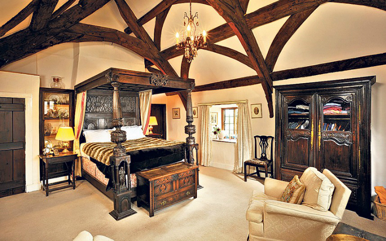 The Top 10 Sexiest Bedroom Interiors bedroom interiors The Top 10 Sexiest Bedroom Interiors 2 39