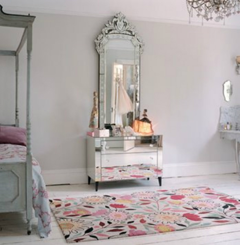 The 5 Best Venetian Mirrors For Bedrooms Ever venetian mirrors The 5 Best Venetian Mirrors For Bedrooms Ever 3 10