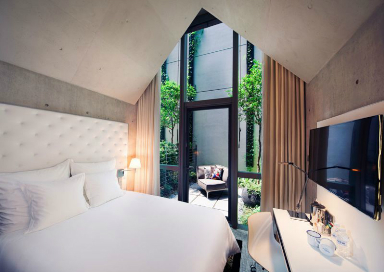 4 philippe starck Where to Stay – Philippe Starck Bedrooms for Hotel M Social Singapore 4 9