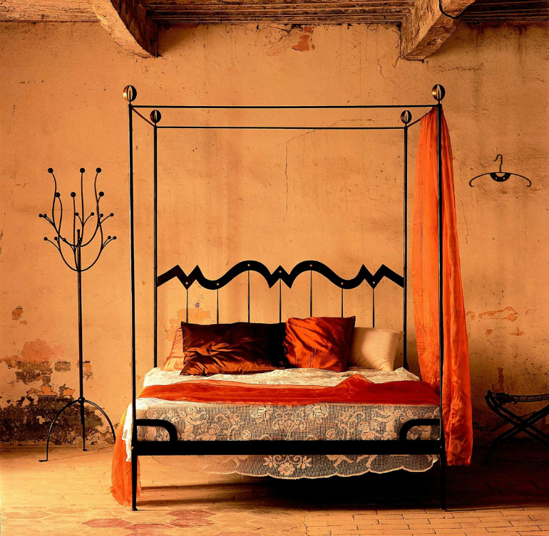 How These 5 Renaissance Furniture Secrets Will Change Your Bedroom renaissance furniture How These 5 Renaissance Furniture Secrets Will Change Your Bedroom 5 8