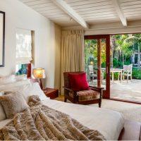 10 Glorious Bedroom Decors with Glass Sliding Doors