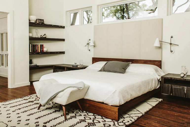 Trendzine: the Perfect Inspiration for Beautiful Mid-Century Bedrooms Mid-Century Bedrooms Trendzine: the Perfect Inspiration for Beautiful Mid-Century Bedrooms 2 1