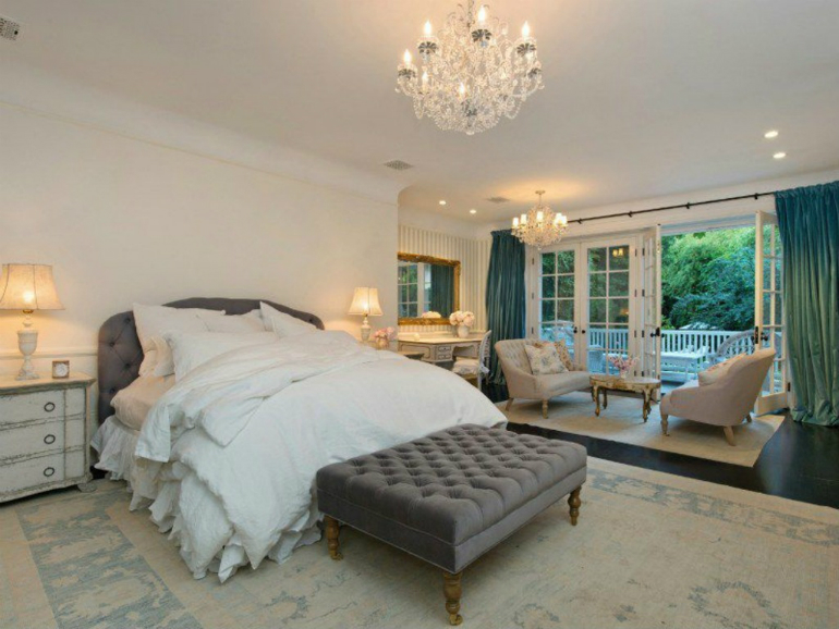 Celebrity Bedrooms - Jennifer Lawrence Celebrity Bedrooms The 5 World's Most Passionate Celebrity Bedrooms Jennifer Lawrence 1