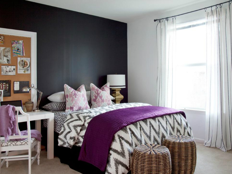 Black and White - Perfect Accent