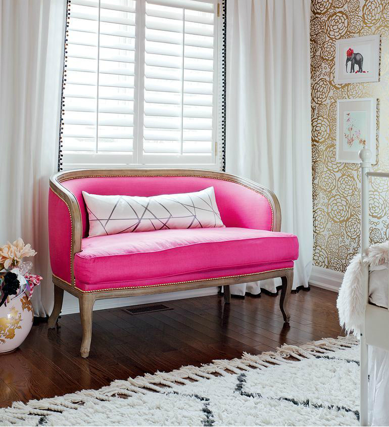 3 Girls Bedroom Girls Bedroom: Mature, Glamorous and Sweet in Pink 3 2