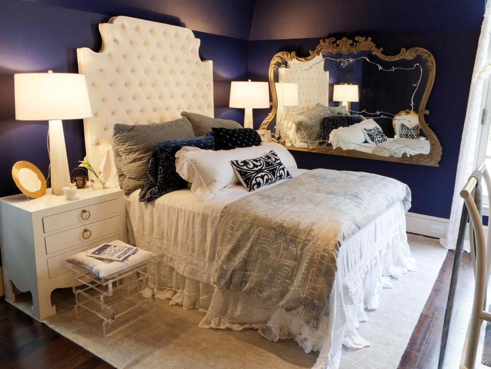 Open the door to the most of bold and elegant bedrooms for Original bedroom designs