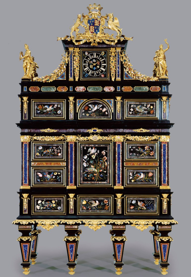 master bedroom 15 Astonishing Cabinets for Lavish Master Bedrooms Badminton cabinet Florence 1720 1732