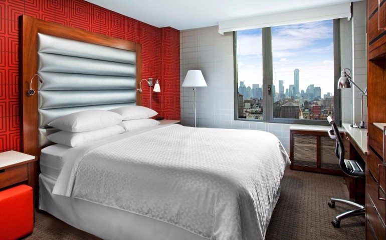 master bedroom 10 Manhattan Master Bedrooms with Stunning Views Four Points Manhattan Chelsea CityviewKingRoom