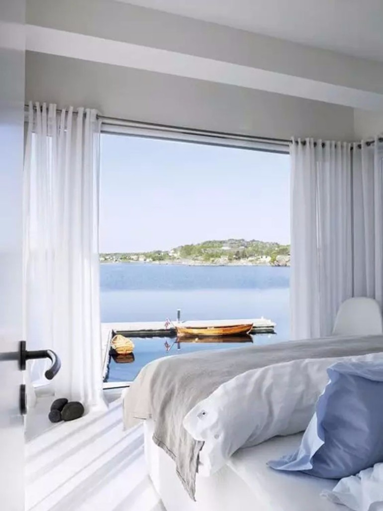 50 Dazzling Master Bedrooms With An Ocean View Master