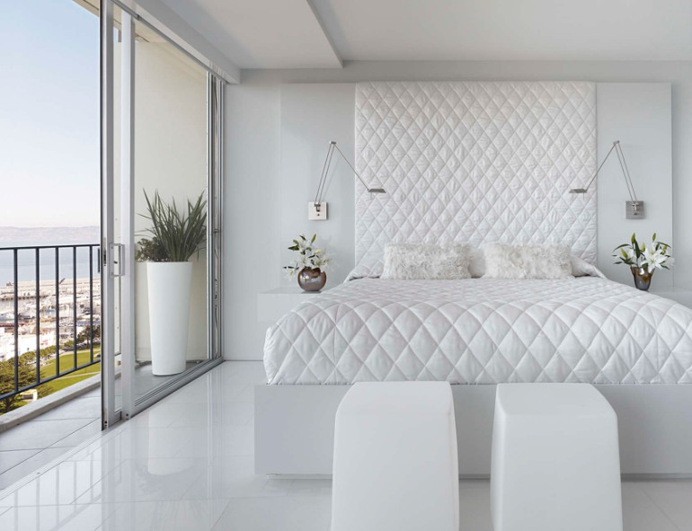 master bedroom The Best White Designs For Charming Master Bedrooms 46dffbad5a96079d472174c230a7c4cc