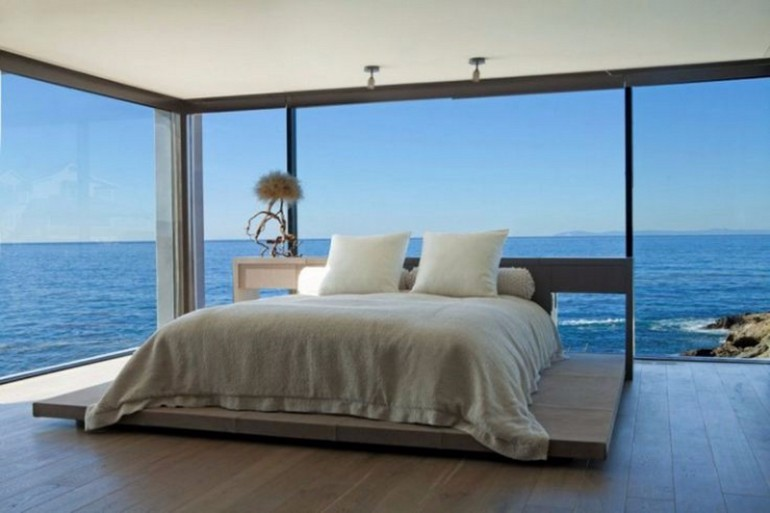 ocean view 50 Dazzling Master Bedrooms With An Ocean View 7d798391524308ec761929e94e616934
