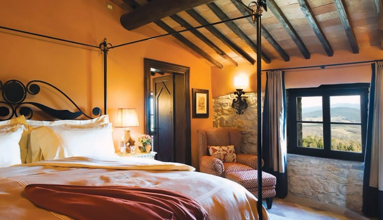 luxury hotel Top 10 Bedrooms of Italian Luxury Hotels Castello Di Casole Tuscany Italy