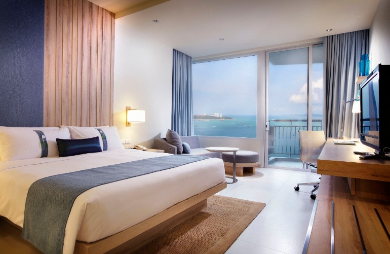 ocean view 50 Dazzling Master Bedrooms With An Ocean View Luxurious Large Tile Flooring Unit Bedroom Design Finished with Large Glass Panel in Studio Apartment Decorating Ideas with Sea View