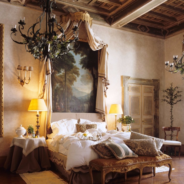 luxury hotel Top 10 Bedrooms of Italian Luxury Hotels Residenza Napoleone Rome Italy