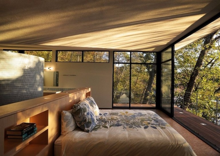 Be Inspired By These Master Bedrooms With Mesmerizing Balconies Master Bedroom Ideas