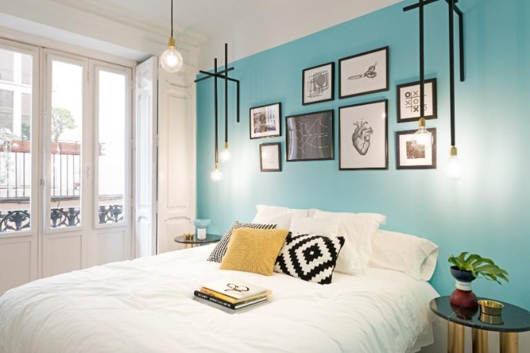 top interior designers Bedrooms by Top Interior Designers: Masquespacio 007 MasquespacioInteriorDesignHostelValencia Highres
