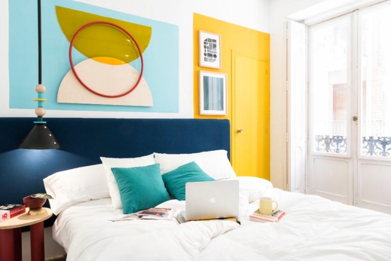 top interior designers Bedrooms by Top Interior Designers: Masquespacio 010 MasquespacioInteriorDesignHostelValencia Highres