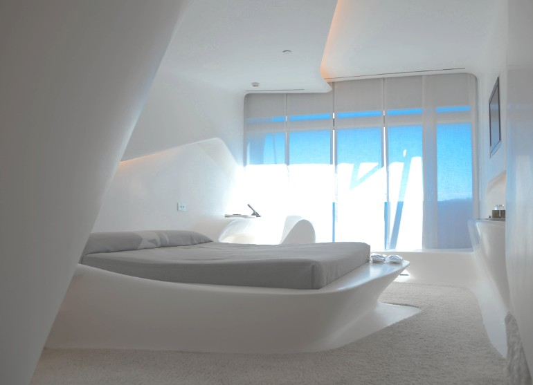 zaha hadid Modern Bedroom Inspirations by Zaha Hadid Puerta america madrid zaha hadid modern master bedroom design luxury interiors bedroom inspiration futuristic bedroom