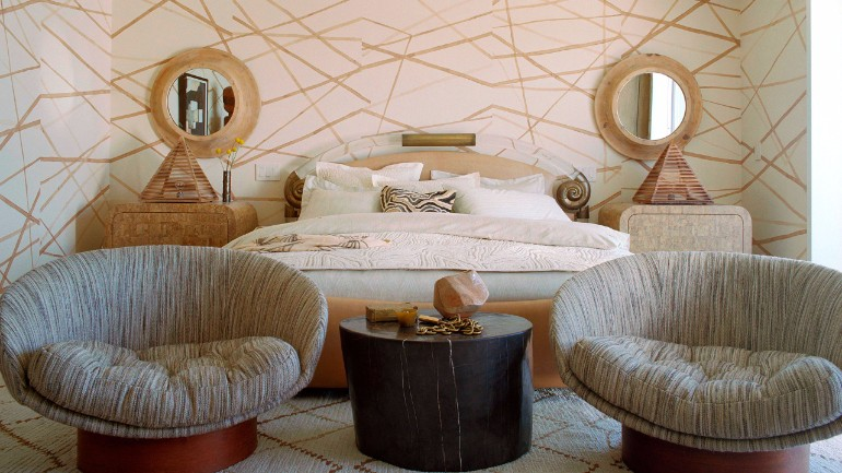 master bedrooms by top interior desginers: kelly wearstler top interior designers Bedrooms by Top Interior Designers: Kelly Wearstler malibu beach master bedroom design kelly wearstler luxury bedroom ideas home decor inspiration