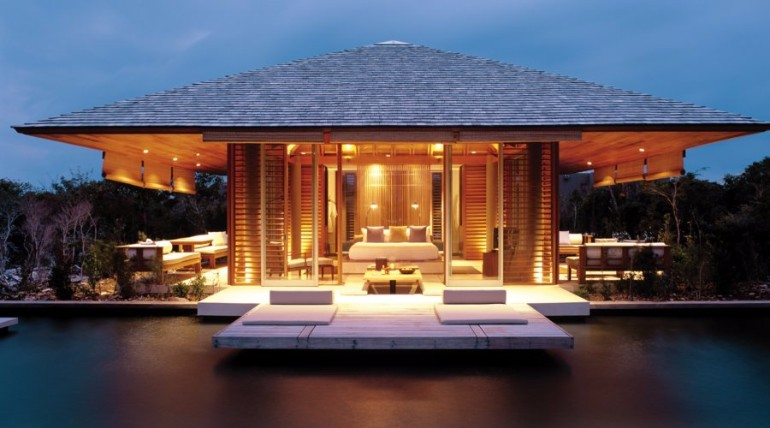 luxury hotel room designs luxury hotel room 10 Sumptuous Luxury Hotel Room Designs Amanyara Villa in the Turks Caicos luxurious hotel room luxury hotel rooms bedroom inspiration master bedroom ideas modern bedroom design