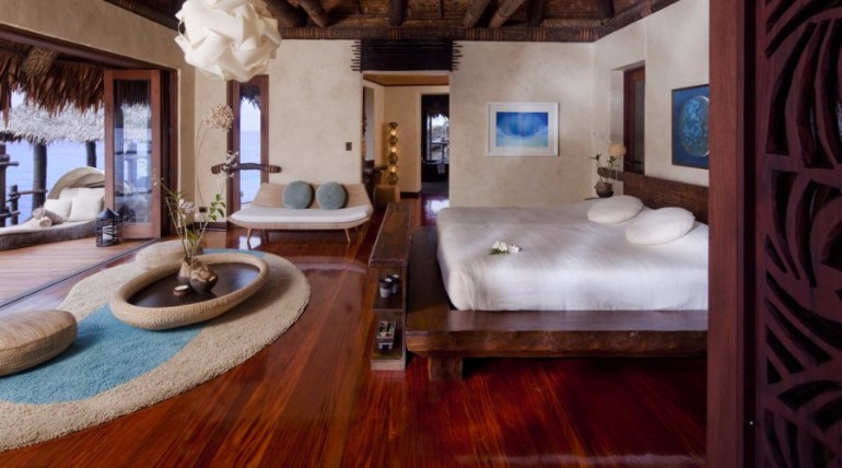 luxury hotel room 10 Sumptuous Luxury Hotel Room Designs Hilltop Estate Owner   s Accommodation at the Laucala Island Resort luxurious hotel room luxury hotel rooms modern bedroom design