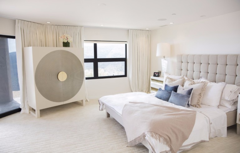 bedroom design Bedroom Designs by Top Interior Designers: Lori Margolis I AM CAIT Margolis3