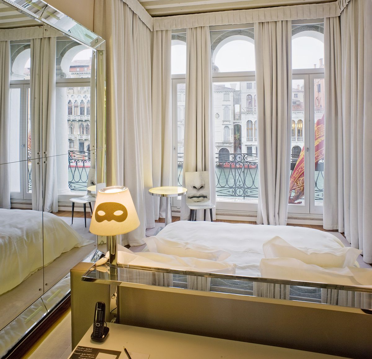 dream bedroom Dream bedrooms from all around the world Pt II Palazzina G grand canal bedroom philippe starck splendid bedroom luxury textiles venetian ssymbols gracious refined atmosphere soothe relax