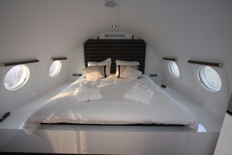 dream bedroom Dream bedrooms from all around the world Pt I airplane suite east germany bedroom white tones airplane design modern bedroom inspiration ideas master bedroom decor