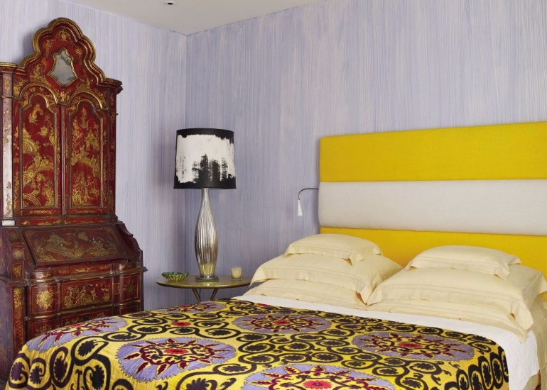 top interior designers Bedrooms by Top Interior Designers: Alberto Pinto contemporary bedroom alberto pinto rio de janeiro brazil exquisite interior moder master bedroom design ideas innovative concept