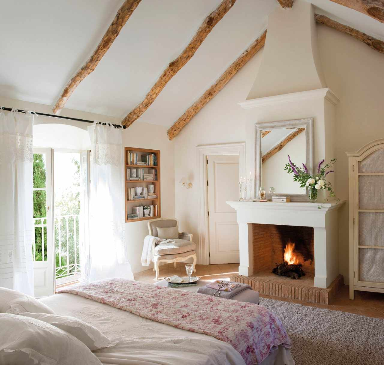 Cozy Bedrooms: Cozy Bedroom Décor In Farmhouse Style