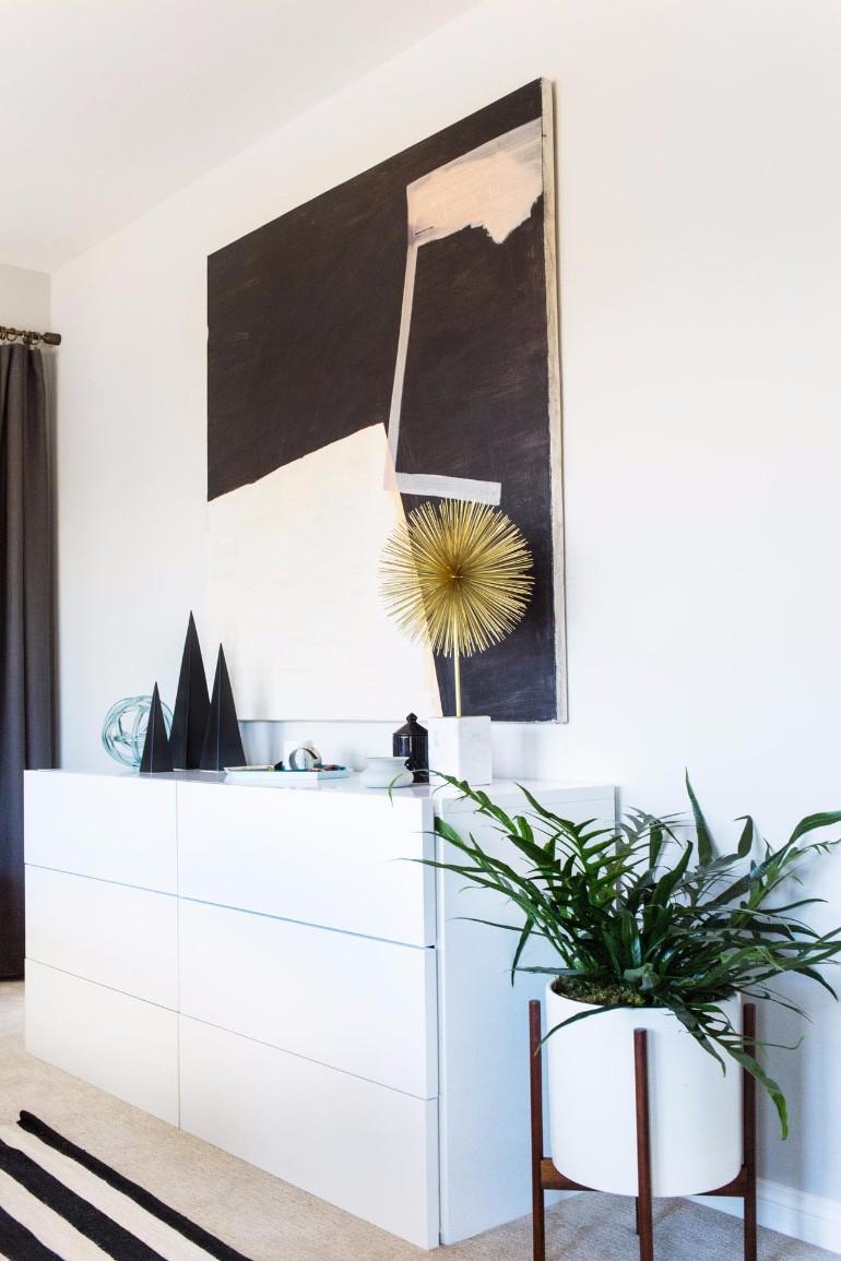 master bedroom Design Project: Modern Master Bedroom by Orlando Soria modern bedroom white sideboard master bedroom ideas modern bedroom design home decor bedroom ideas