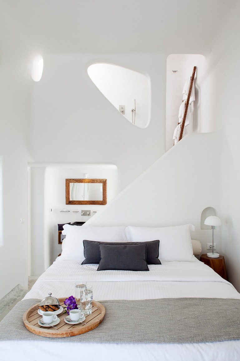 dream bedroom Dream bedrooms from all around the world Pt I native eco villa relax sensual crisp white bedroom cycladic architecture modern bedroom decor