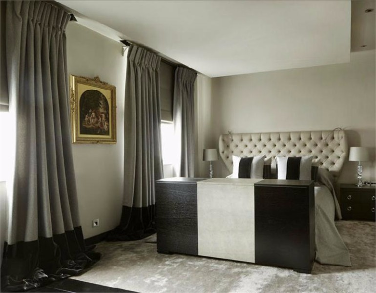 Bedroom designs by top interior designers kelly hoppen for Master bedroom black and white ideas