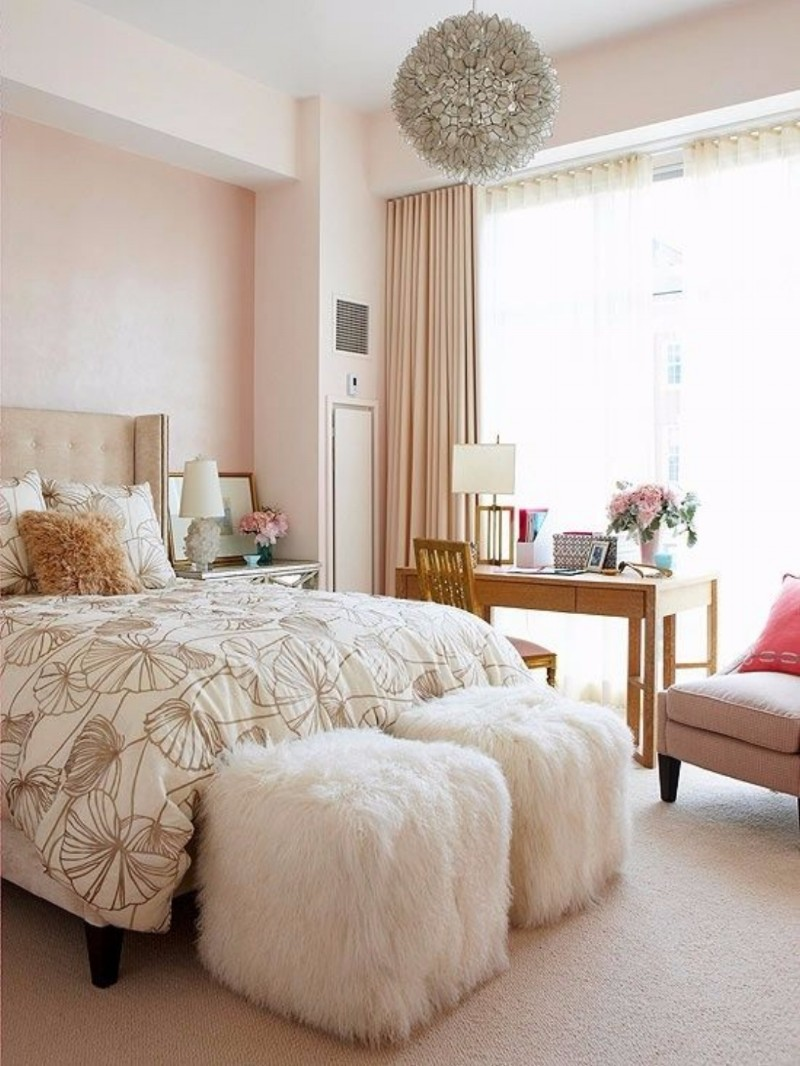 lighting design 10 Extraordinary Suggestions for Master Bedroom Lighting Design creamy bedroom design beautiful chandelier modern bedroom ideas