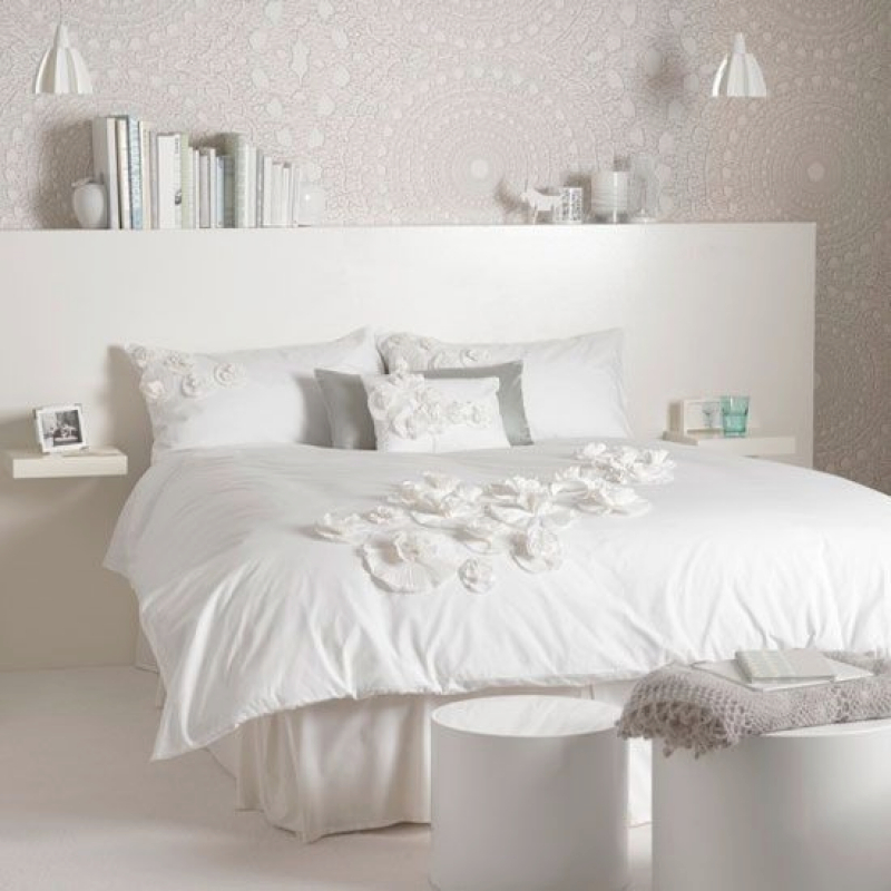 all white bedroom 10 Calm and Charming All White Bedrooms die besten 17 ideen zu weises schlafzimmer auf pinterest