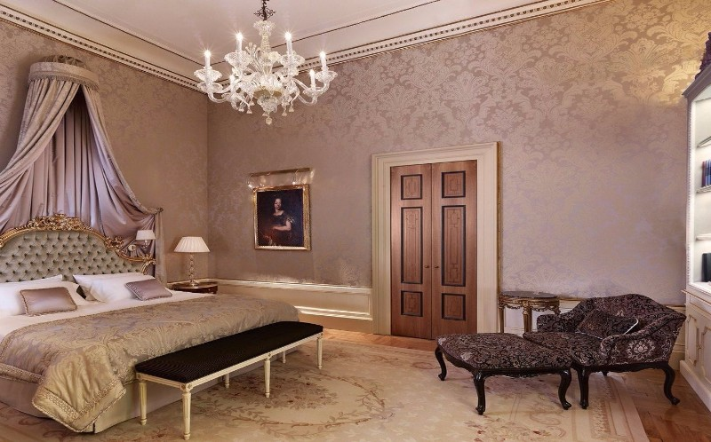 bedroom design Bedroom Designs by Top Interior Designers: Pierre-Yves Rochon hotel danieli venice pierre yves rochon modern master bedroom ideas luxury design opulent interior design