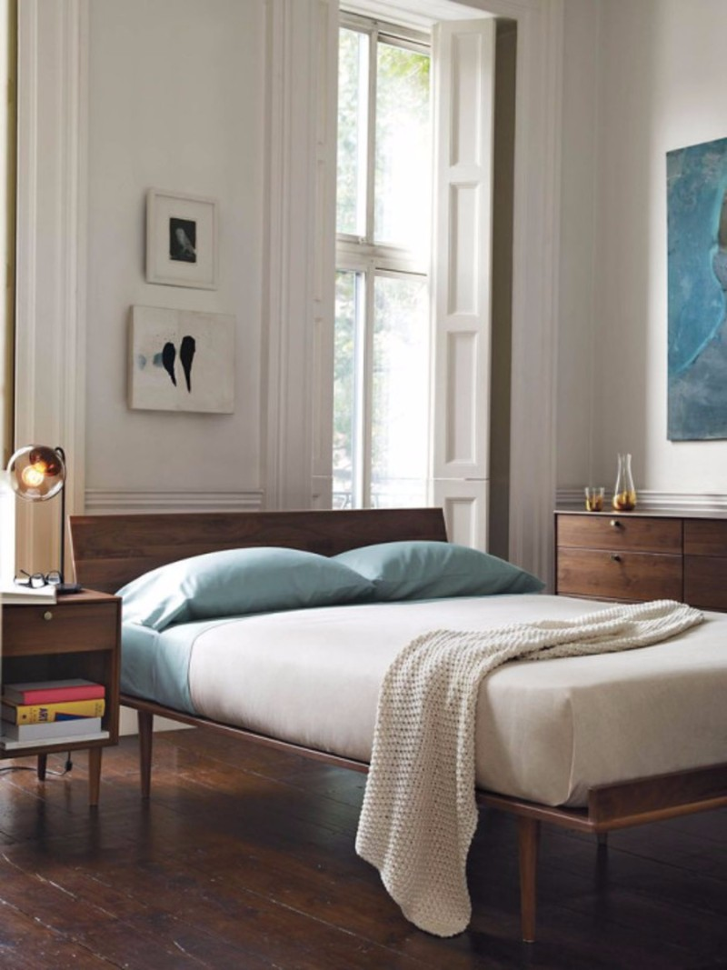 mid-century-modern-home mid century modern home Bedroom Inspiration for Mid Century Modern Homes sleek mid century modern bedroom inspiration ideas vintage bed beautiful wall lamp