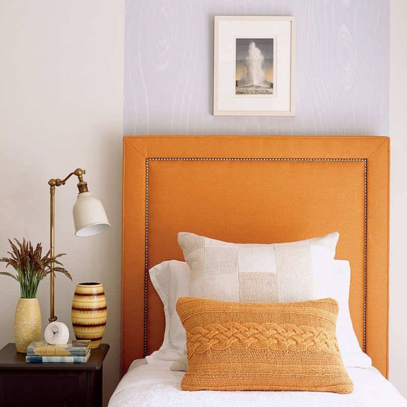 guest bedroom Fresh Summer Inspired Guest Bedrooms summer inspired guest bedroom design inspiration ideas orange bed serene white mid century table lamp