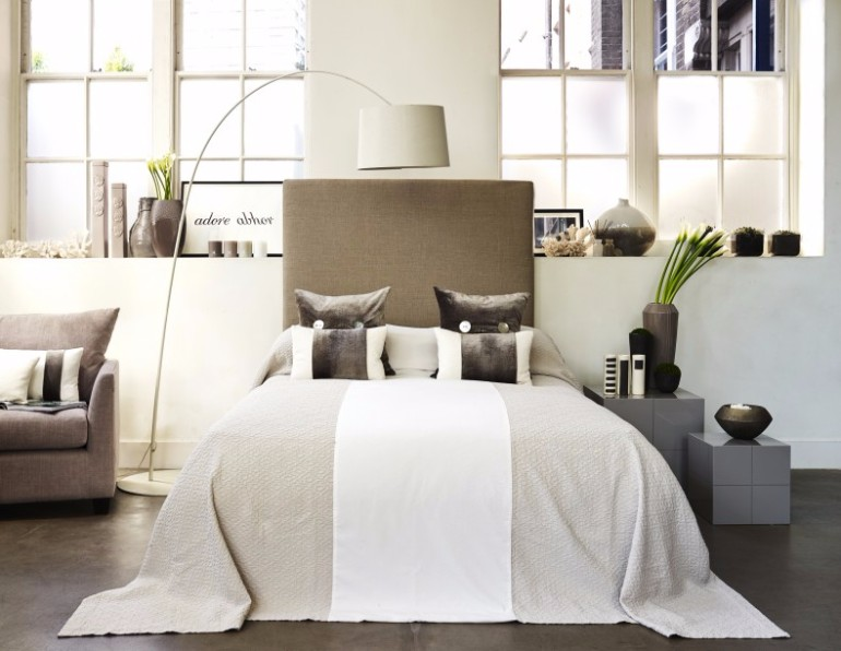 bedroom design Bedroom Designs by Top Interior Designers: Kelly Hoppen taupe bedroom inspiration ideas master bedroom design bedroom decor modern bedroom design