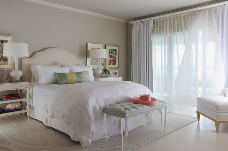 beach style 10 Beach Style Bedrooms with a Grain of Salt Beach Style Bedroom by Jan Showers Modern Master Bedroom Design