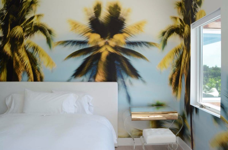 bedroom design Bedroom Designs by Top Interior Designers: Sasha Bikoff sasha bikoff master bedroom design palm trees background