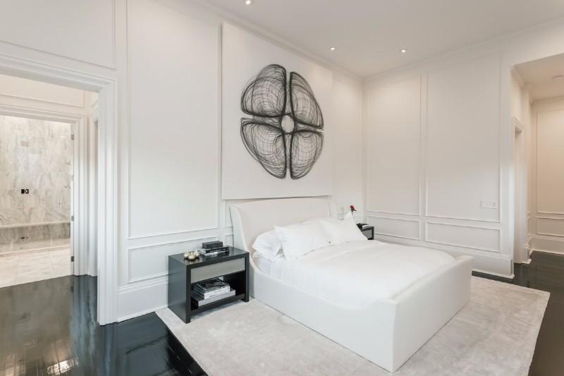 36 Master Bedrooms featured in Top design Magazines master bedroom 36 Master Bedrooms featured in Top design Magazines Contemporary bedroom design in black and white by Tara Shaw
